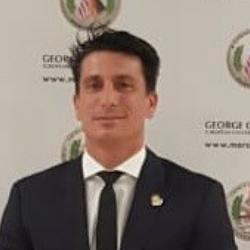 Dr. Orlando Toniolo